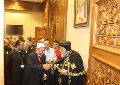 البابا تواضروس خلال استقباله وفد بيت العائلة