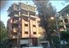 هذه الصورة من المعادى, ميدان التعاون. أعمدة النور مضاءة في عز الظهر