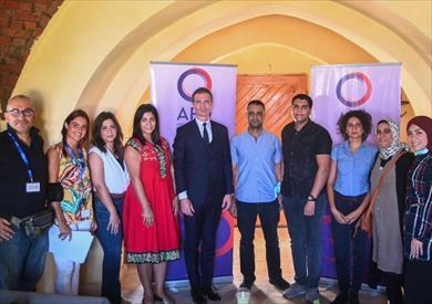 فابيو جرازي مدير الوكالة الفرنسية في مصر مع الصحفيين