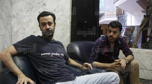الصحفيان عمرو بدر ومحمود السقا في نقابة الصحفيين - تصوير: هبة خليفة