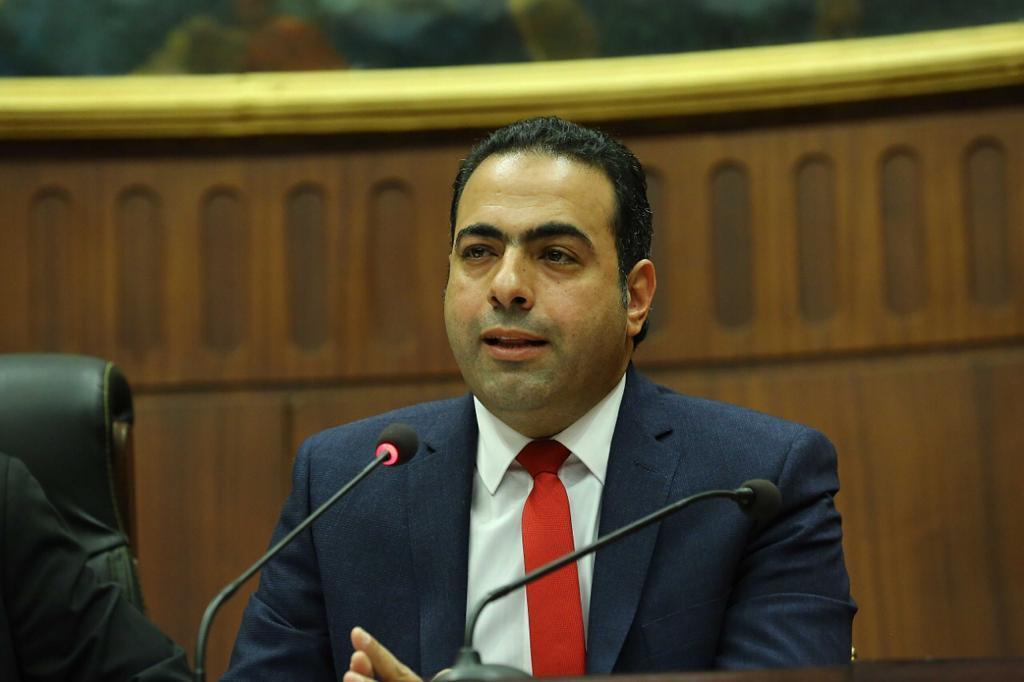 النائب محمود حسين رئيس لجنة الشباب والرياضة بمجلس النواب