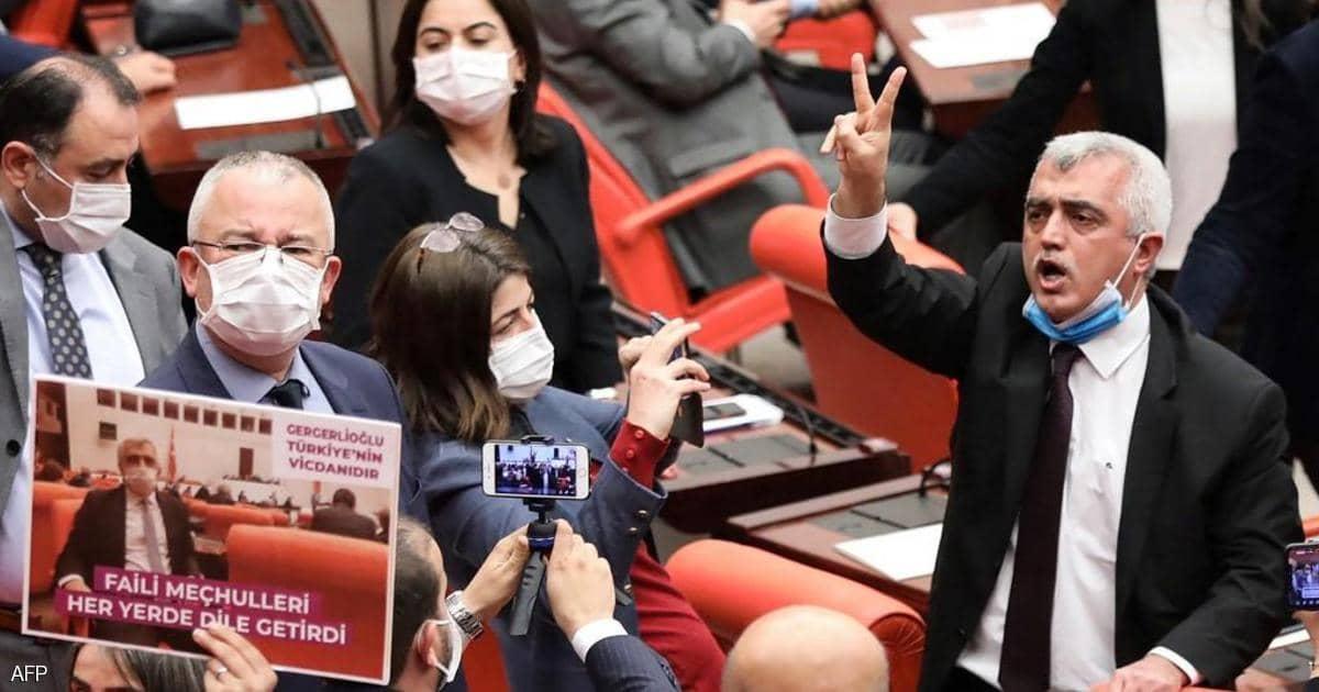 المحكمة العليا التركية توافق على النظر في قضية حظر حزب كردي