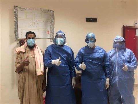 خروج 14 متعافيا من كورونا بالمدينة الجامعية في بني سويف
