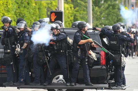 الشرطة الأمريكية في لوس أنجلوس