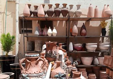 جانب من منتجات قرية الفواخير