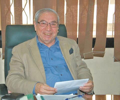 الدكتور سامي نصار  أستاذ فى جامعة القاهرة<br/>