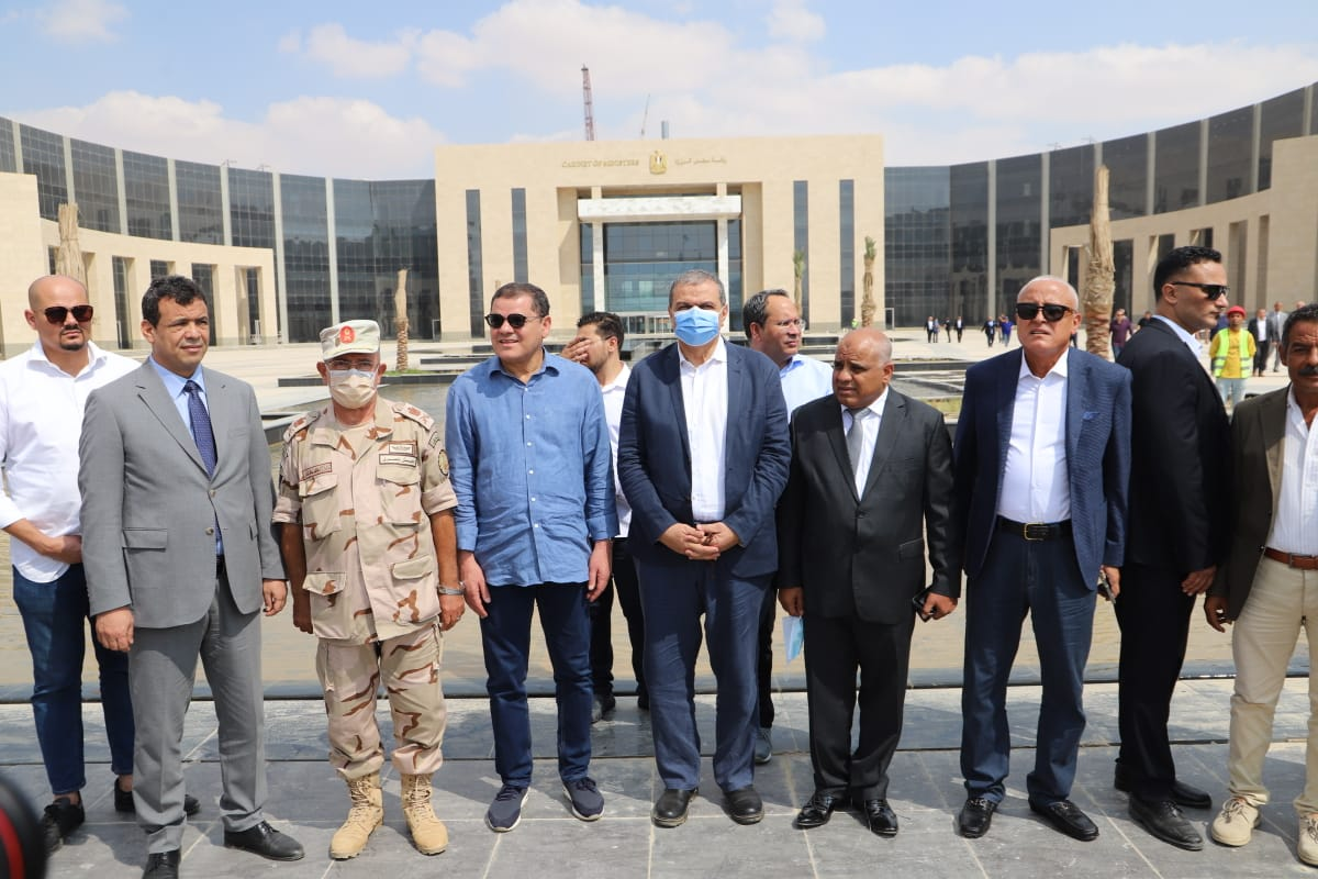 رئيس حكومة الوحدة الليبية خلال زيارة العاصمة الإدارية