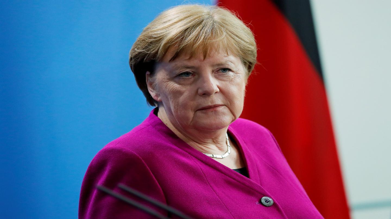 أحزاب الائتلاف الحاكم في ألمانيا تسعى إلى حظر علم حماس في البلاد