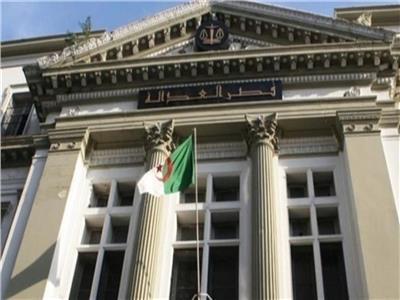 القضاء الجزائري يقضي بسجن 35 شخصا بسبب جرائم انتخابية