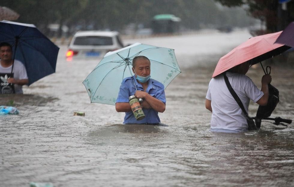 فيديو.. الصين تشهد أمطارا لم تعرف مثيلا لها منذ 1000 عام