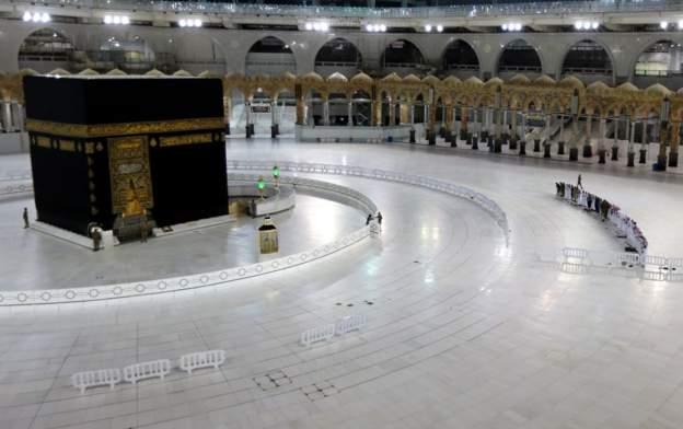 السعودية: عدد الحجاج هذا العام لن يتجاوز 10 آلاف بدون لمس الكعبة وتقبيل  الحجر الأسود - بوابة الشروق - نسخة الموبايل
