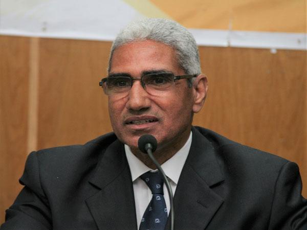 د. عباس منصور