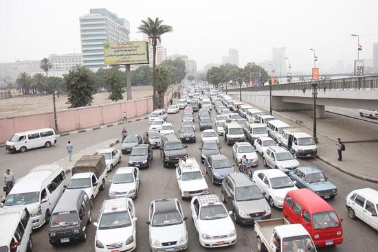 كثافات مرورية على مخارج القاهرة - أرشيفية