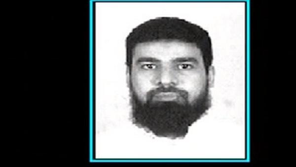 الإرهابي / عمر رفاعي سرور