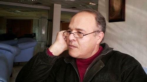 الكاتب أشرف الخمايسي