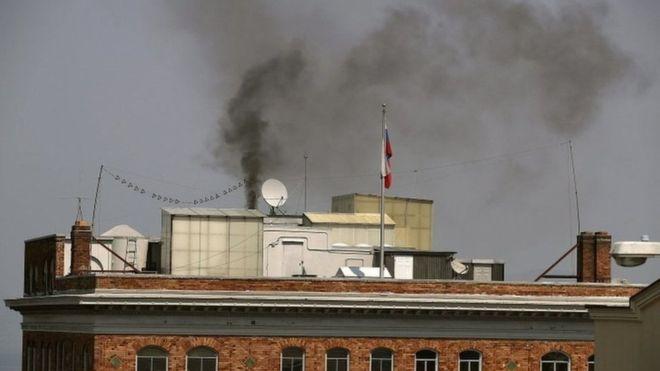 مصدر حريق القنصلية الروسية في سان فرانسيسكو كان مثار تكهنات كثيرة