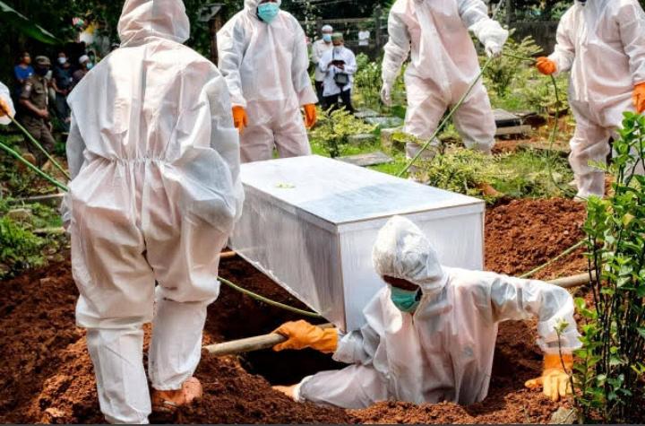 تايلاند تمنع التجمعات مع ارتفاع حالات الإصابة والوفاة بسبب كورونا إلى أرقام قياسية