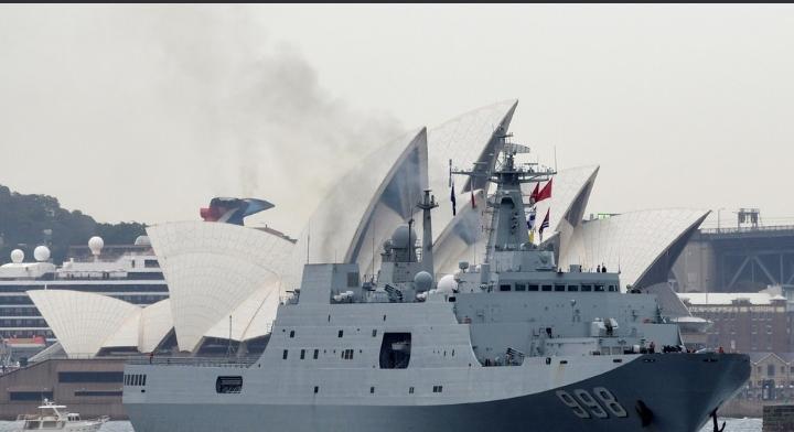 الصين تنفي إبحار سفن حربية بريطانية قرب جزرها الاصطناعية