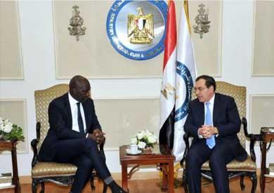 وزير البترول لمسئول بالبنك الدولي: التعاون مع الدول الإفريقية أولوية لمصر -          بوابة الشروق