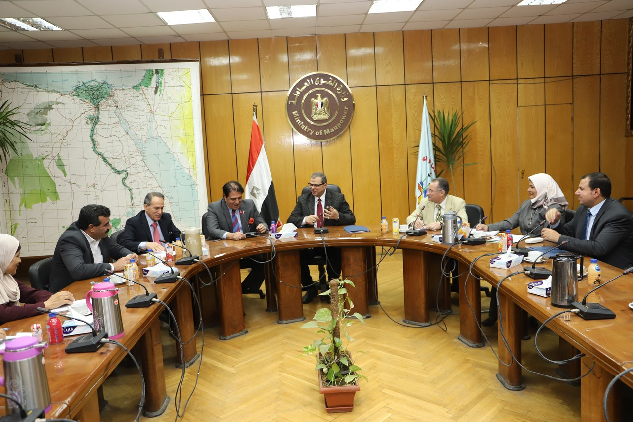 القوى العاملة: ربط إلكتروني بين القاهرة وعمان للقضاء على سمسرة العقود -          بوابة الشروق