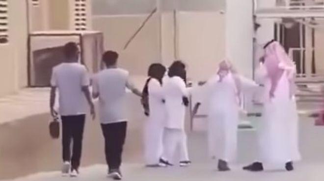 بسبب «التحرش».. مطالبات بمعاقبة أحد نجوم «سناب شات» في السعودية -