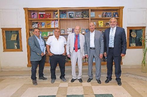 المهندس إبراهيم المعلم وأحمد بدير مع سامى وهانى ألبير أريه فى دار الشروق