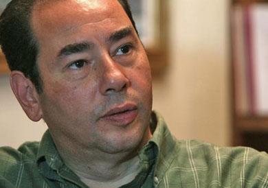 الكاتب والروائي خالد الخميسي