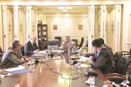 لجنة القوى العاملة تصوير لبنى طارق