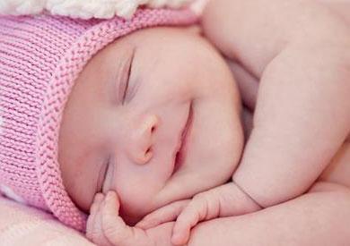 أهم الاستعدادات اليومية لنوم هادئ وآمن لحديثي الولادة