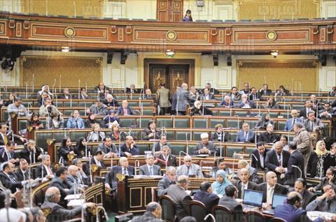 برلماني: «الله يخرب بيت عبدالناصر والإصلاح الزراعي».. وزميله يرد: «إنت إقطاعي.. وجمال خط أحمر»