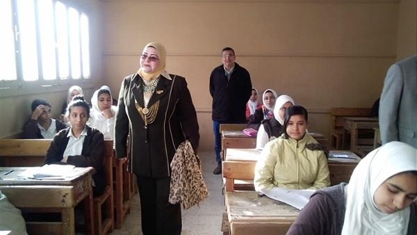 وكيلة «تعليم كفر الشيخ» تتفقد امتحانات الشهادة الإعدادية -          بوابة الشروق