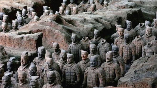 جيش الطين الذي أسسه إمبراطور الصين لحمايته بعد الموت<br/>