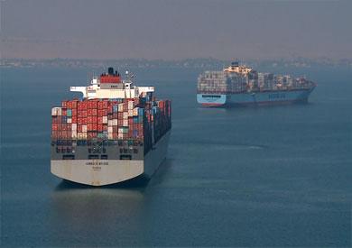عبور 51 سفينة قناة السويس بحمولة 3.5 مليون طن -          بوابة الشروق