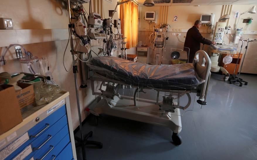 الفصائل الفلسطينية تحذر من «كارثة» في غزة بسبب نقص الوقود بالمستشفيات -          بوابة الشروق
