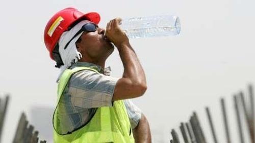السعودية تحظر العمل تحت أشعة الشمس من 12 ظهرا لـ3 عصرا بوابة الشروق نسخة الموبايل
