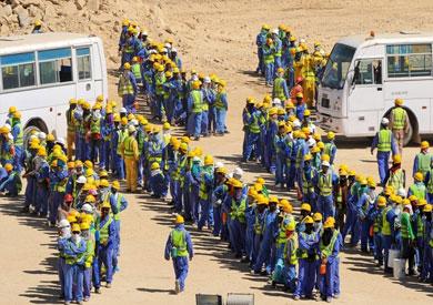 عمال في قطر - أرشيفية