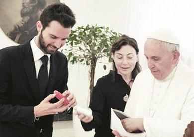 بابا الفاتيكان يشارك فى بطولة فيلم روائى طويل