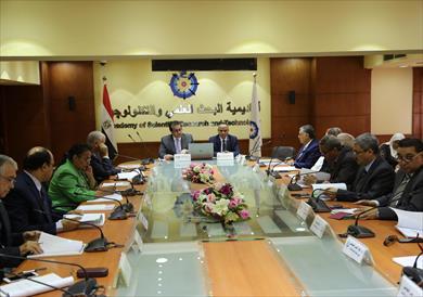 وزير التعليم العالى يعلن أسماء الفائزين بالجائزة