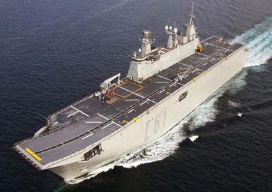 أكبر حاملة طائرات إسبانية ترسو في ميناء الإسكندرية