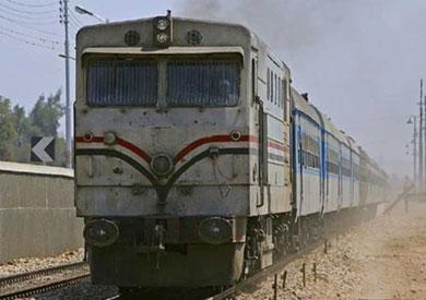 فيديو.. السكة الحديد تنفي تغافل سائق قطار عن الوقوف بمحطته