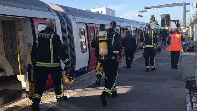 عاجل.. شرطة لندن تستبعد كون الانفجار الذي وقع في إحدى محطات المترو عملا إرهابيا