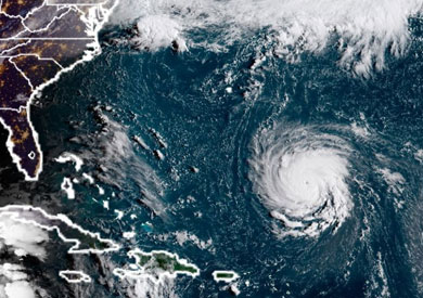 الإعصار فلورنس يتجه صوب الساحل الشرقي الأمريكي