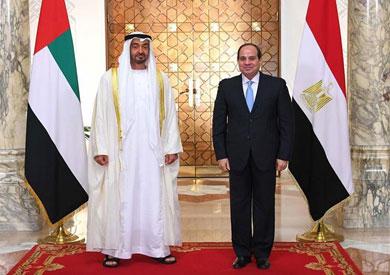 الرئيس عبد الفتاح السيسي مع ولي عهد أبو ظبي الشيخ محمد بن زايد آل نهيان