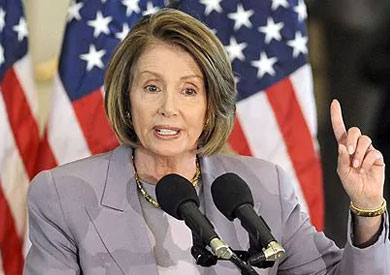نانسي بيلوسي زعيمة الديمقراطيين في مجلس النواب الأمريكي
