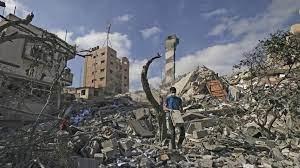 منظمات أهلية فلسطينية: إسرائيل تمنع إعادة إعمار غزة وتتسبب في تشريد الآلاف