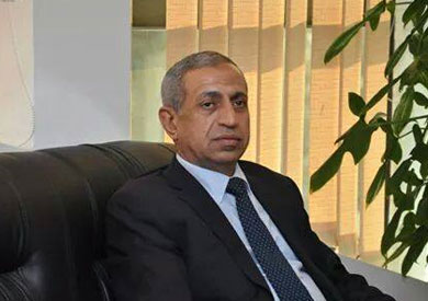 الدكتور إسماعيل عبدالغفار