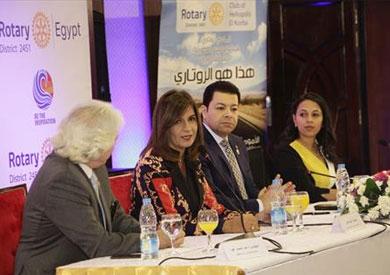 وزيرة الهجرة خلال احتفالية نادي روتاري هليوبوليس الكوربة