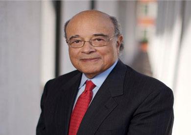 العالم المصري الراحل عادل محمود