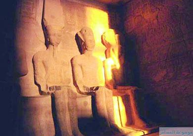 تعامد الشمس على تمثال الملك رمسيس - أرشيفية
