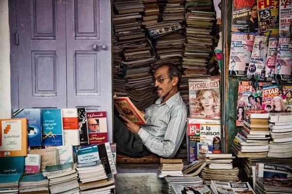 دراسة: القراءة تجعل الإنسان أكثر لطفًا وتعاطفًا